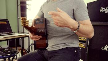 Zu dicke Finger für Gitarre